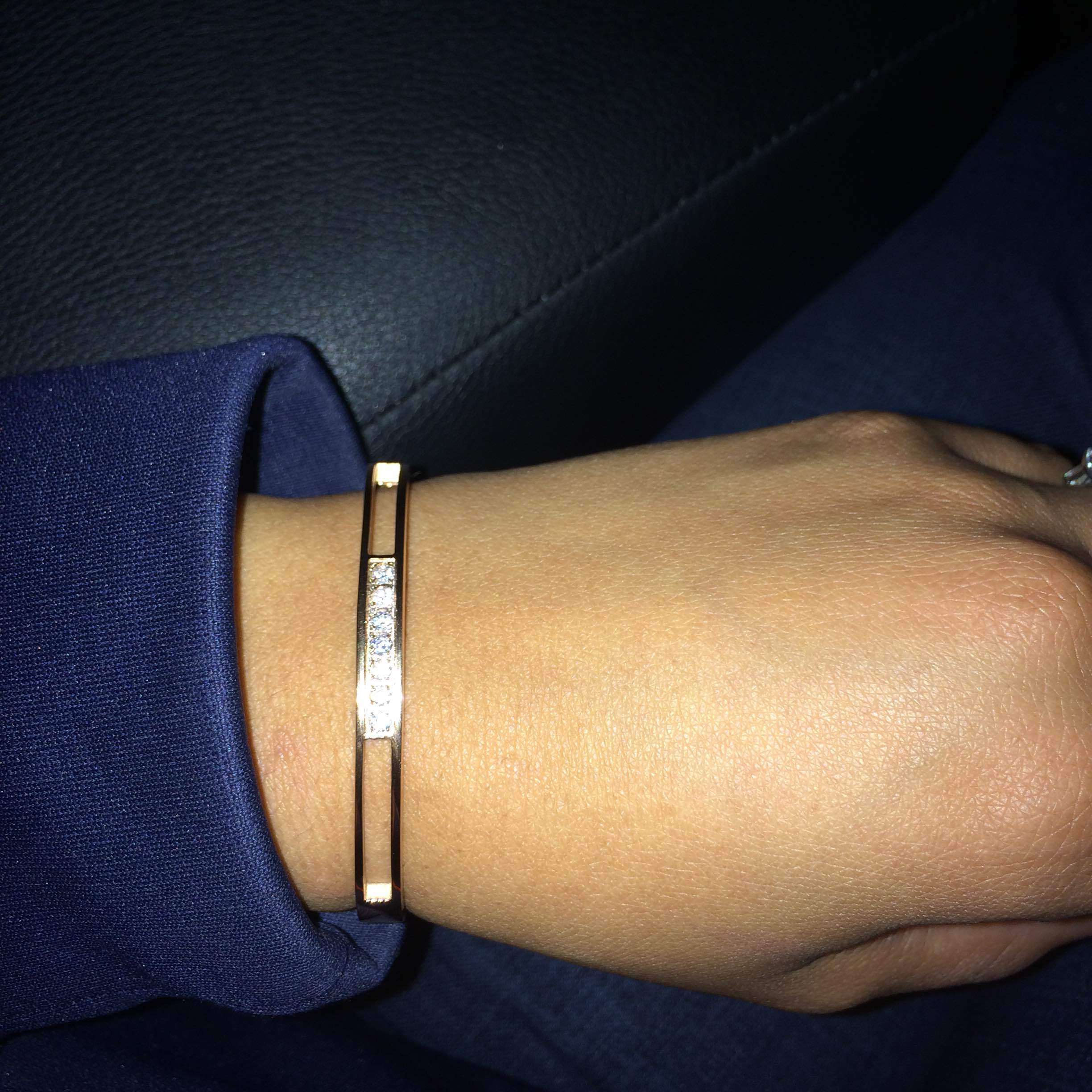 Robert Matthew Rose Gold Madison Bangle Giveaway! USA ends 2/15