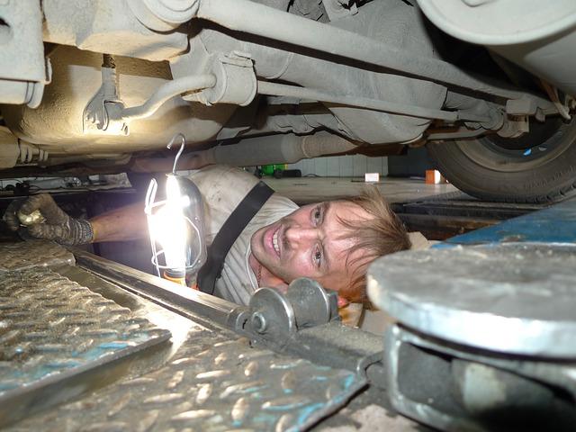mechanic-346256_640