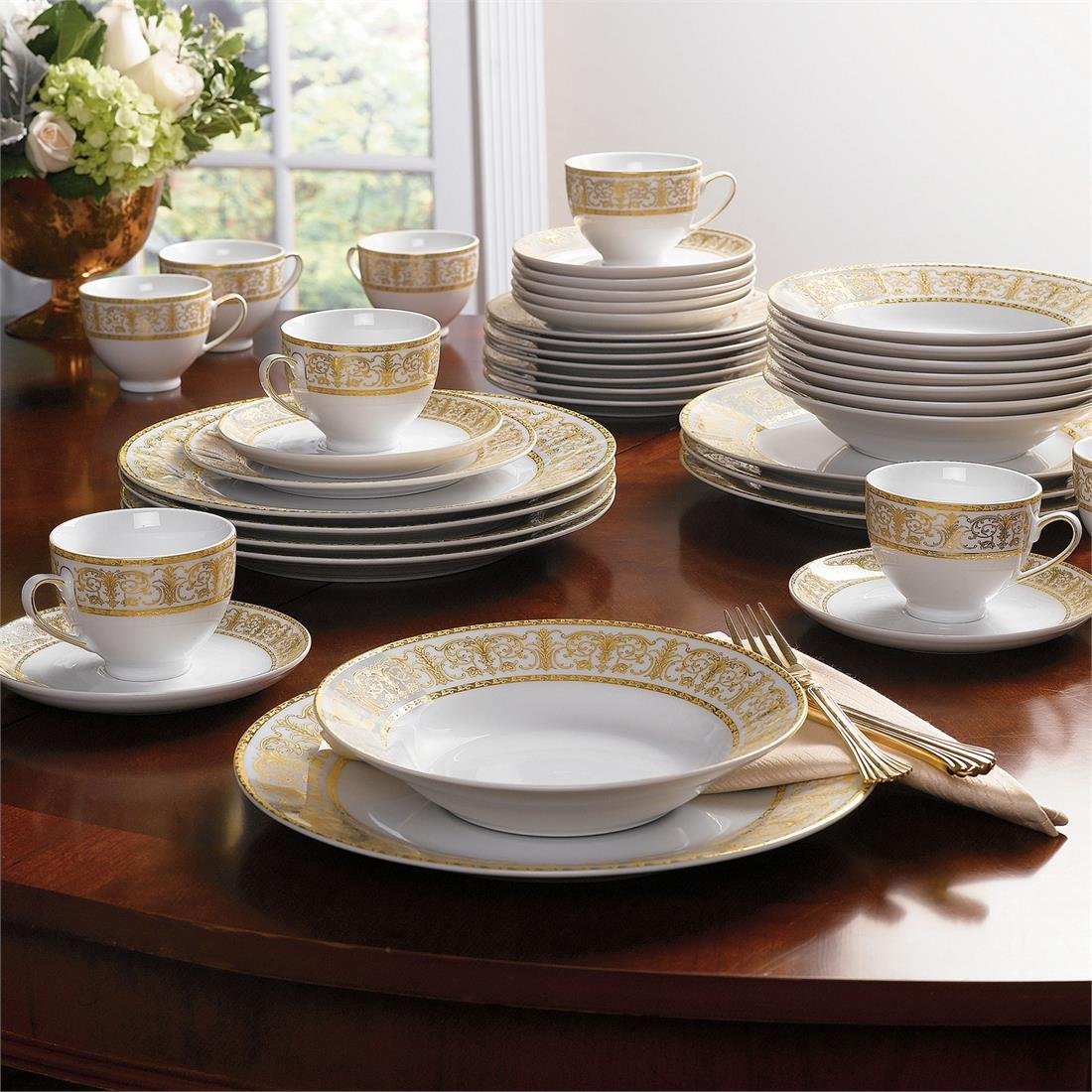 2015 Holiday Gift Guide. Dress Up Your Table with BrylaneHome 40-Pc. Golden Ceramic Dinnerware Set !
