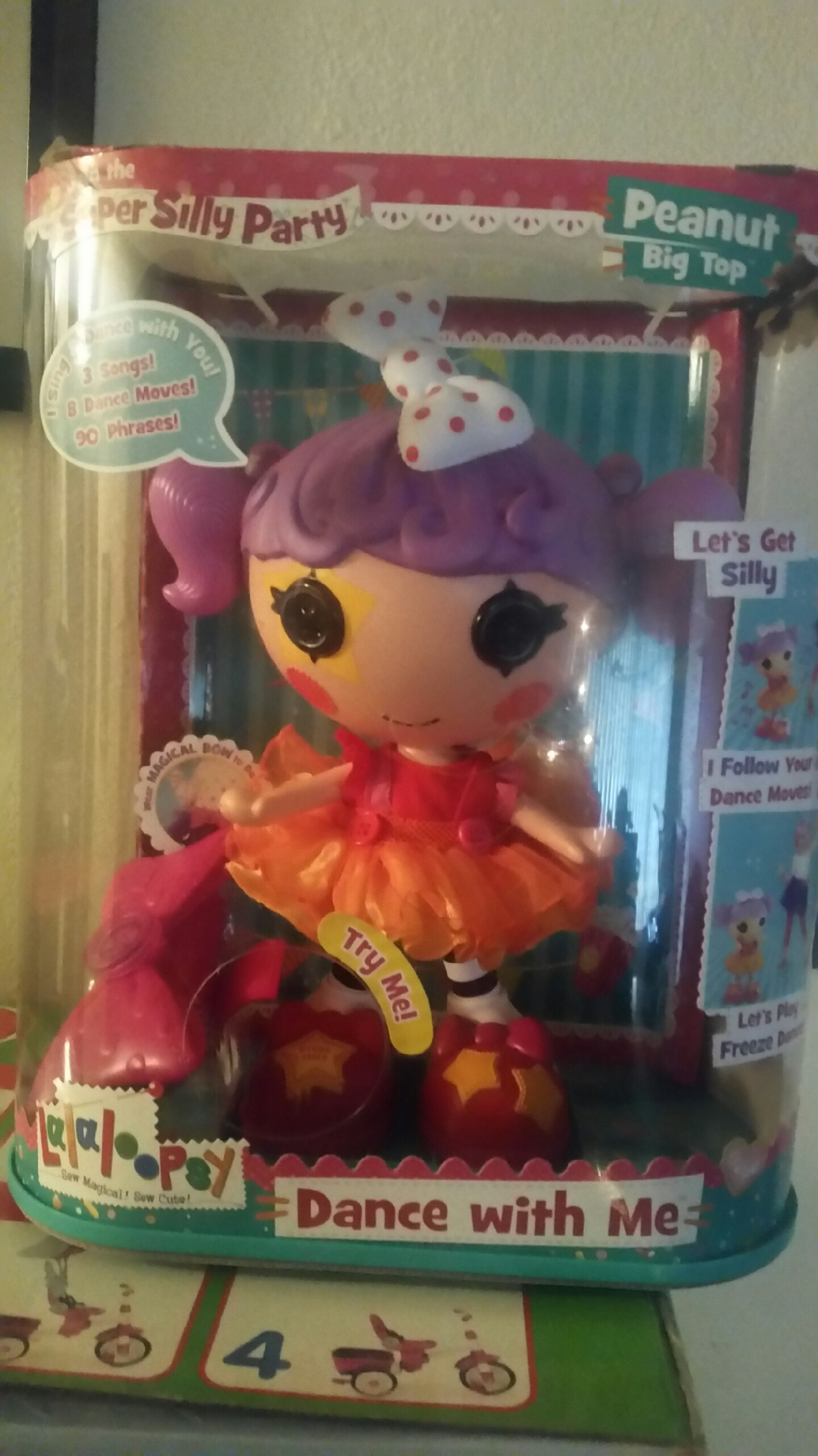 2015 Holiday Gift Guide. Lalaloopsy Dance With Me Doll!