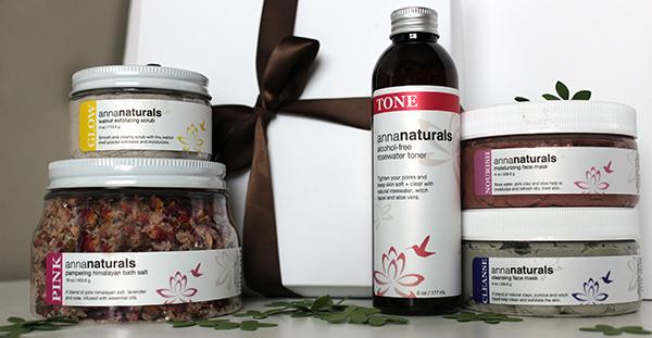 Naturalicious-Summer-Giveaway-Prize-lp-sm