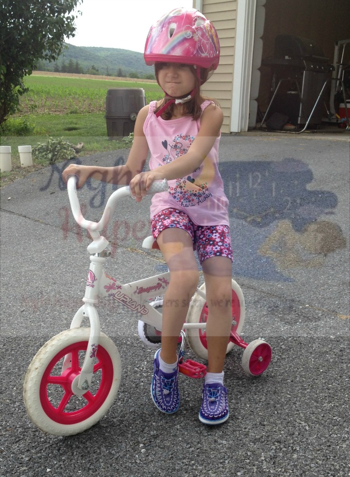 Summer Ready with Keen Little Kid's Uneek 02