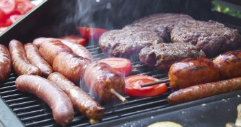 The Ultimate Guide To Choosing The Right BBQ For Your Garden.