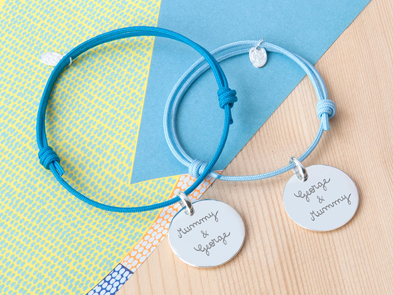 x-toi-moi-personalised-charm-bracelet-duo-merci-maman-10-800x600