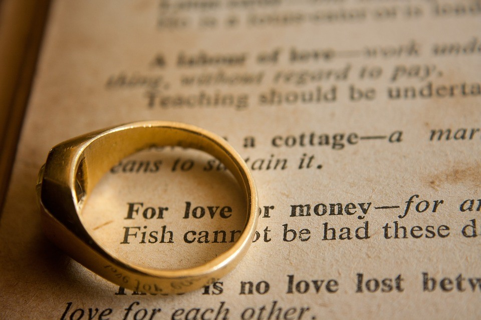 Smart Clues for Couples and Their Finances until Death Do Them Part