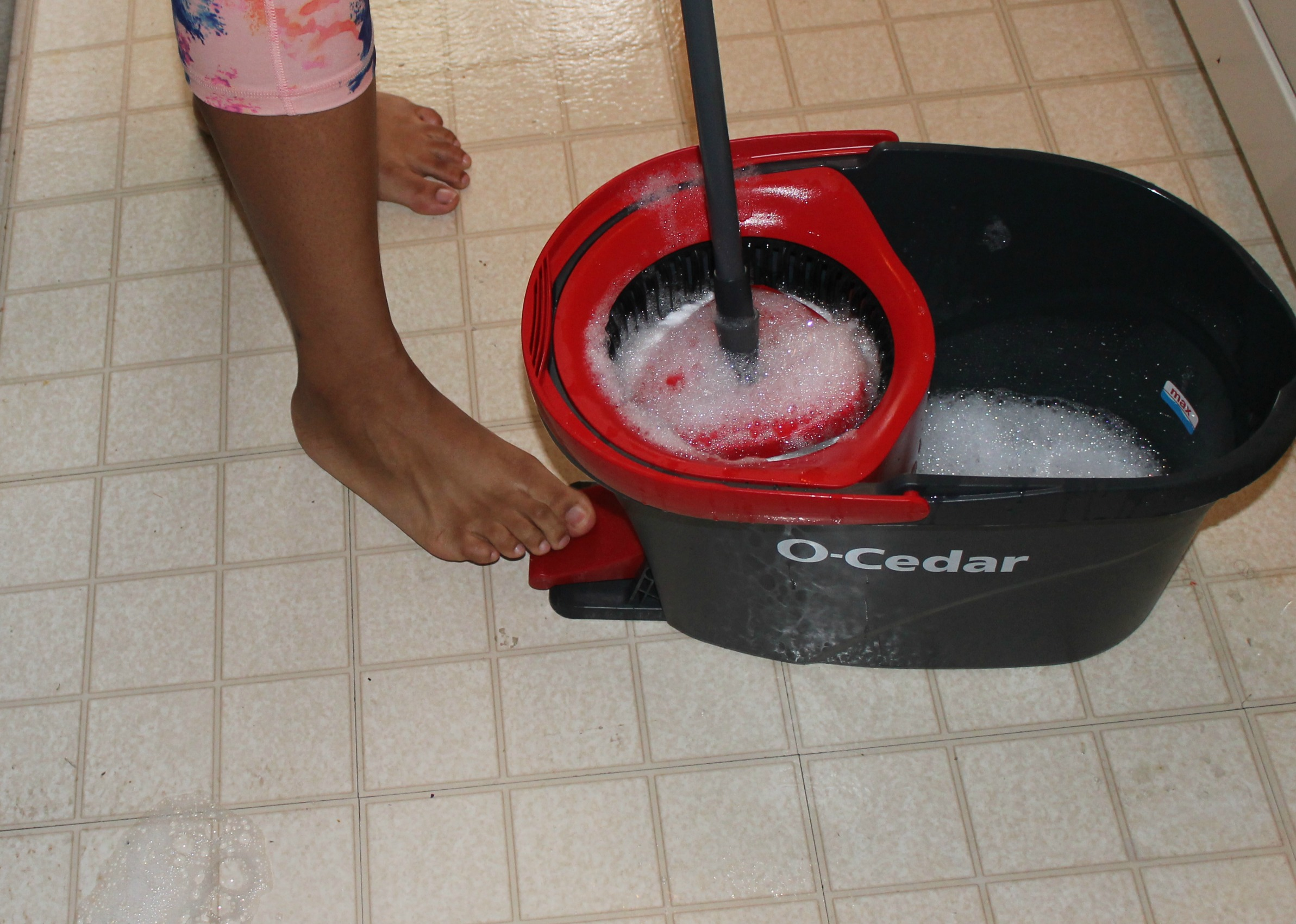 O Cedar Easywring Spin Mop Amp Bucket System Makes My Life