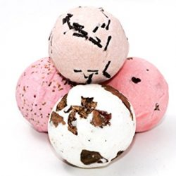 2017 Holiday Gift Guide Featuring: Bath Bombs Gift Set By #Kithbee