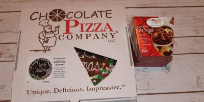 2017 Holiday Gift Guide Featuring The Chocolate Pizza Company. @ChocolatePizzas