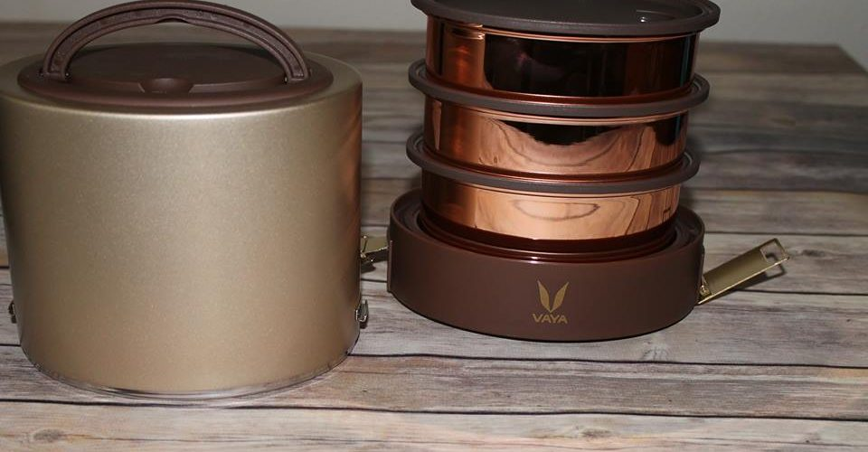 Happy Holidays From VAYA, Tyffyn Gold Container Vacuum-Insulated Lunchbox. #LunchInStyle @VayaLife