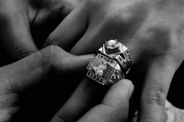 What Should You Keep in Mind when Buying Personalized Jewelry