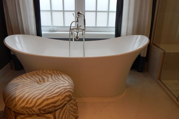 Different Types of Bathtubs for Different Needs