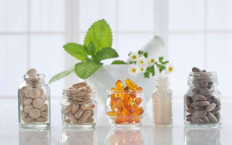 Pros and Cons of Natural Supplements